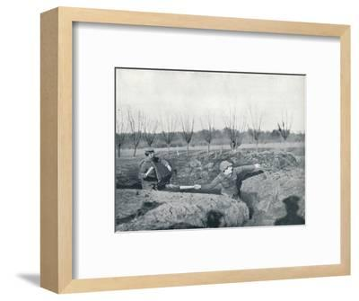 British soldiers practicing throwing hand grenades, c1914-Unknown-Framed Photographic Print