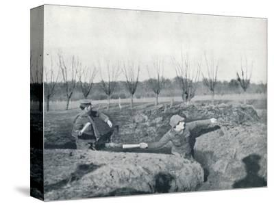British soldiers practicing throwing hand grenades, c1914-Unknown-Stretched Canvas Print