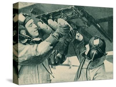 Air observer receiving bombing training, 1940-Unknown-Stretched Canvas Print
