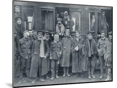 Wounded English troops on their way to a base hospital, c1914-Unknown-Mounted Photographic Print