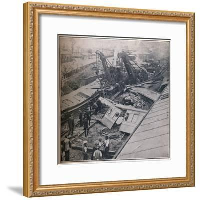 Scene of the Terrible Railway Disaster at Salisbury, 1906-Unknown-Framed Photographic Print