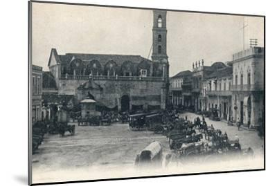 Custom House and Square, Havana, Cuba, c1900-Unknown-Mounted Giclee Print