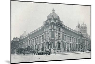 'The new Victoria and Albert Museum opened on June 26th, 1909', c1909-Unknown-Mounted Photographic Print