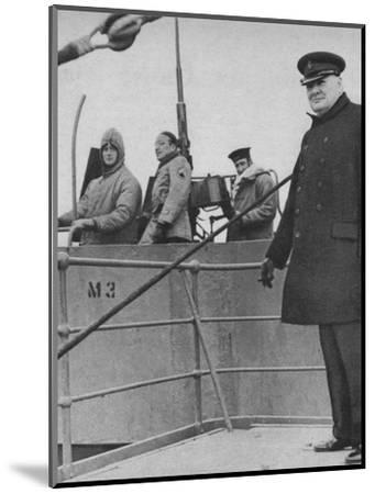 'Mr Churchill with a British and American gun crew', 1943-44-Unknown-Mounted Photographic Print