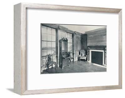 A room of c1740 from 63, Mansell Street, c1740-Unknown-Framed Photographic Print