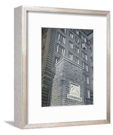 'Swan Court, Chelsea', 1932-Unknown-Framed Photographic Print