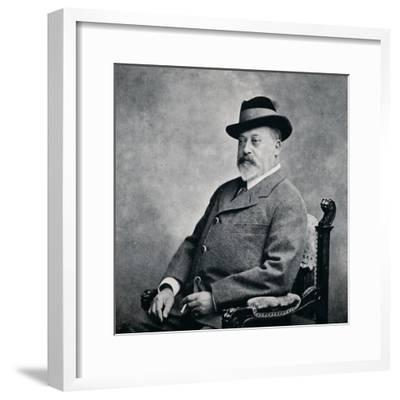 King Edward VII in a Tyrolean hat, 1903 (1911)-Unknown-Framed Photographic Print