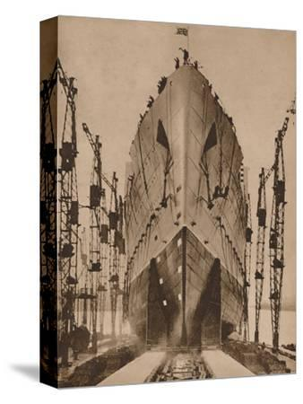 Launch of the Cunard ocean liner `Queen Mary`, 1934 (1935)-Unknown-Stretched Canvas Print
