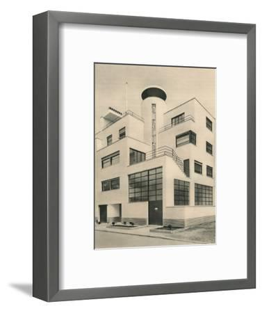 'House of M. M. Joel and Jan Martel, scupltors, Rue Mallet-Stevens, Auteuil', c1927-Unknown-Framed Photographic Print