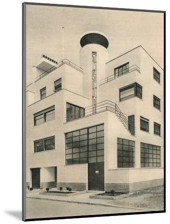 'House of M. M. Joel and Jan Martel, scupltors, Rue Mallet-Stevens, Auteuil', c1927-Unknown-Mounted Photographic Print
