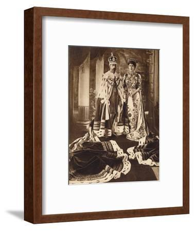 King George V and Queen Mary crowned and robed for the Delhi Durbar, 1911 (1935)-Unknown-Framed Photographic Print