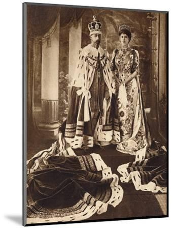 King George V and Queen Mary crowned and robed for the Delhi Durbar, 1911 (1935)-Unknown-Mounted Photographic Print