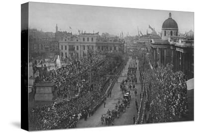 The Diamond Jubilee: Queen Victoria's carriage passing the National Gallery, London, 1897-Unknown-Stretched Canvas Print