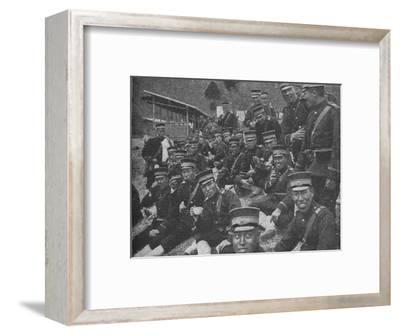 Japanese soldiers on the way to the front: the noonday meal of tea and rice, 1904-1905-Unknown-Framed Photographic Print