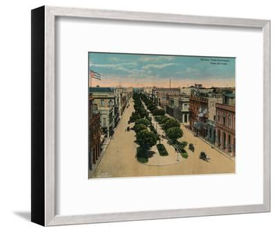 Paseo del Prado, Havana, Cuba, c1920-Unknown-Framed Photographic Print