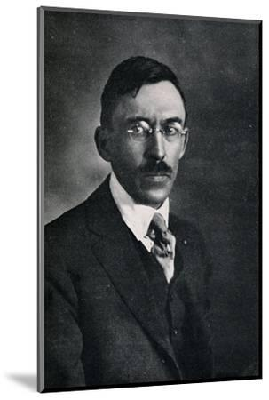 'Robert Spencer', c1923, (1923)-Unknown-Mounted Photographic Print