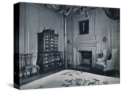 A New England Chest-on-Chest with Bombe Base in one of the bedrooms of the palace of Williamsburg-Unknown-Stretched Canvas Print