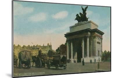 'The Wellington Arch, London', c1910-Unknown-Mounted Giclee Print
