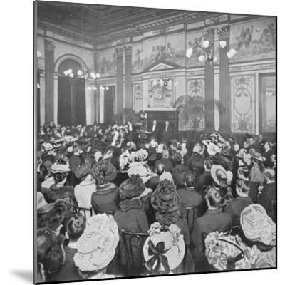 A Sunday evening debate at the Old Playgoers Club, London, c1903 (1903)-Unknown-Mounted Photographic Print
