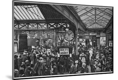 Crowds in Waterloo Station heading off to Ascot races, London, c1900 (1901)-Unknown-Mounted Photographic Print