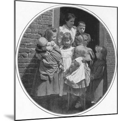 A happy little group, London, c1901 (1901)-Unknown-Mounted Photographic Print