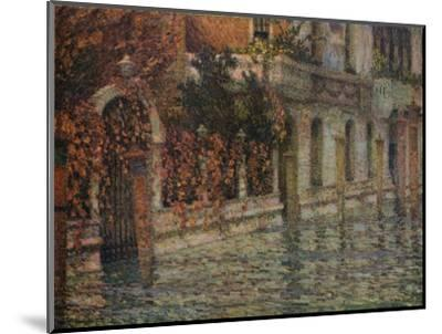 Le Palais Blanc, Automne, Venise', c1906, (1918)-Henri Eugene Le Sidaner-Mounted Giclee Print