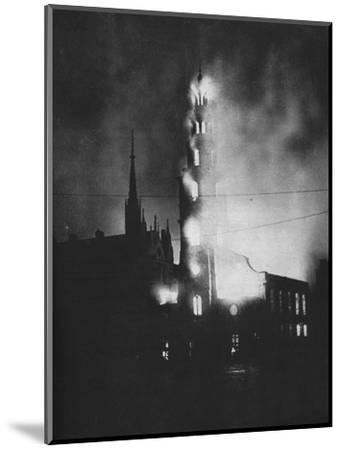 Total Attack. As the attempt to hit special objectives failed and died away-Unknown-Mounted Photographic Print