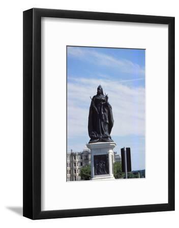 Queen Victoria Statue, Hove, Sussex, 20th century-CM Dixon-Framed Photographic Print