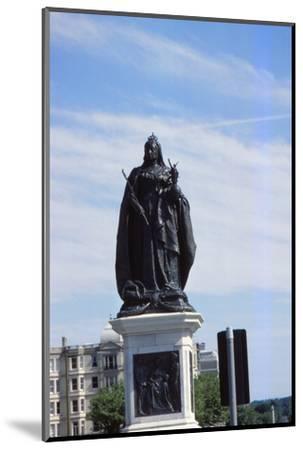 Queen Victoria Statue, Hove, Sussex, 20th century-CM Dixon-Mounted Photographic Print