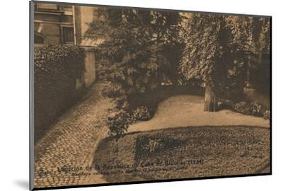 'Legacion de la Republica de Cuba en Bruselas, (Cuban Embassy in Brussels), c1924-Unknown-Mounted Photographic Print