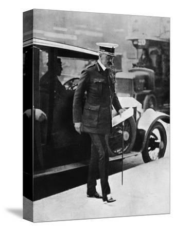 'The Cabinet crisis: Lord Kitchener arriving at the War Office', 1915-Unknown-Stretched Canvas Print