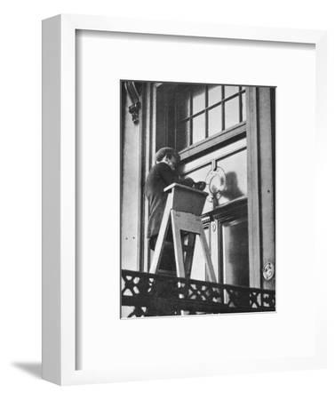 'Removing German emblems from German Embassy, Carlton House Terrace, London', 1914-Unknown-Framed Photographic Print