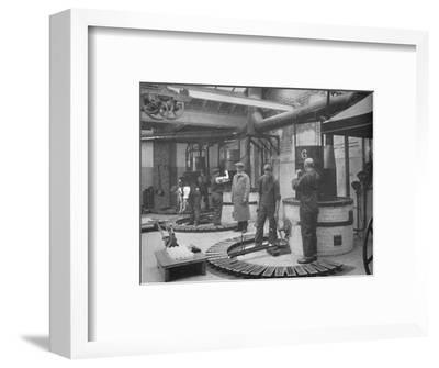 'Making Fryotype Printing Metal in the London Foundry', 1919-Unknown-Framed Photographic Print
