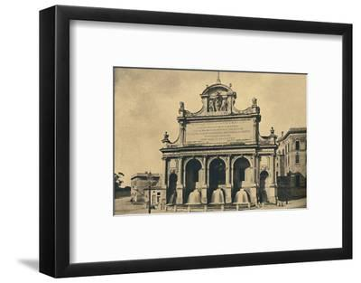 'Roma - Fountain of the aquaduct of Paul V, erected from the designs of Fontana in 1612', 1910-Unknown-Framed Photographic Print