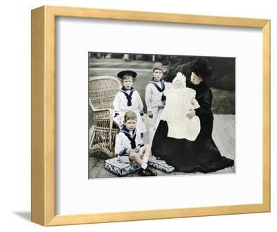 Queen Victoria with her great-granchildren at Osborne House, Isle of Wight, 1900-Unknown-Framed Photographic Print