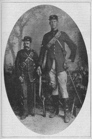 'The Smallest Man and the Biggest Man in the Boer Army', 1902-Unknown-Framed Photographic Print