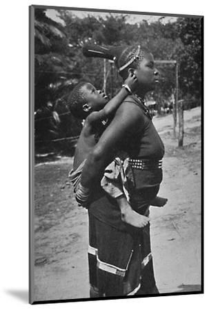 A Zulu woman and child, 1902-Unknown-Mounted Photographic Print