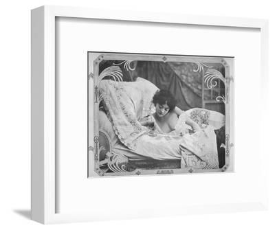 'La Carte Favorable', 1900-Unknown-Framed Photographic Print