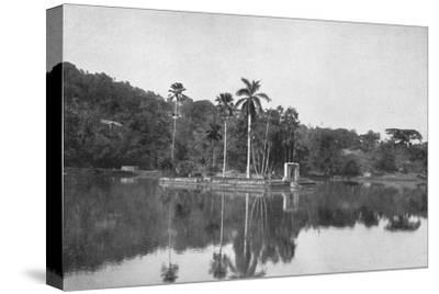 'Die Insel im See von Kandy', 1926-Unknown-Stretched Canvas Print
