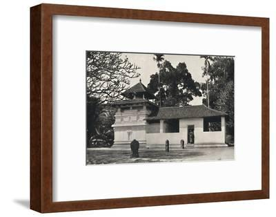 'Gedige Vihara, Kandy (Beispiel eines buddhistischen Tempels im Stile eines Hinduheiligtums, Dewale-Unknown-Framed Photographic Print
