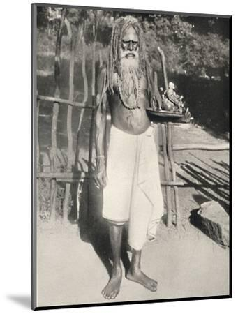 'Hindu-Busser (Asket)', 1926-Unknown-Mounted Photographic Print