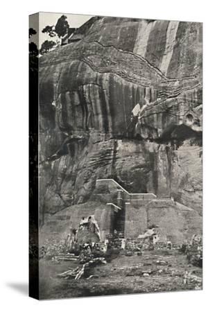 Sigiri, Aufstiegseite im Norden-Unknown-Stretched Canvas Print