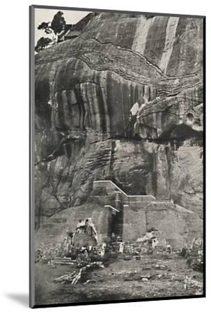 Sigiri, Aufstiegseite im Norden-Unknown-Mounted Photographic Print