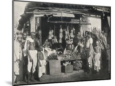 'Stand eines Obstverkaufers in Colombo', 1926-Unknown-Mounted Photographic Print