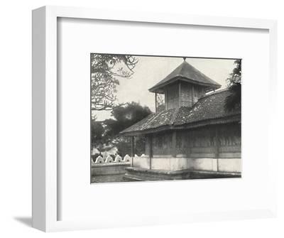 'Dewale (s. Tafel 58) bei der Dagoba des Heiligen Zahnes in Kandy', 1926-Unknown-Framed Photographic Print