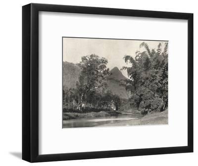 'Adamspik von Gegend Maskeliya', 1926-Unknown-Framed Photographic Print