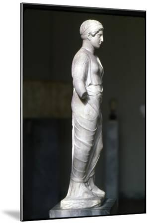 Kore, Persephone wearin Ionaian Chiton and Himation Attic Sculpture, c420 BC-Unknown-Mounted Giclee Print