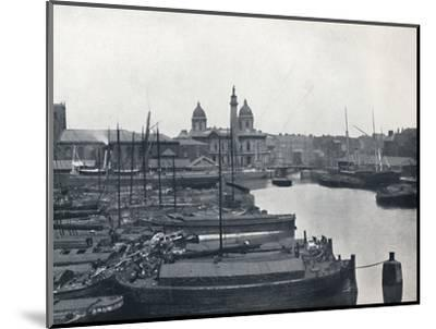 'Hull - Prince's Dock: With The Wilberforce Memorial and Dock Offices', 1895-Unknown-Mounted Photographic Print