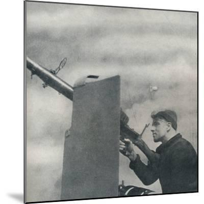 'Mark over!', 1941-Cecil Beaton-Mounted Photographic Print