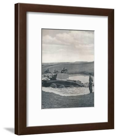 'Giant's stride', 1941-Cecil Beaton-Framed Photographic Print